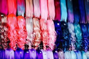 Disfraz casero fácil con pelucas de muñequita